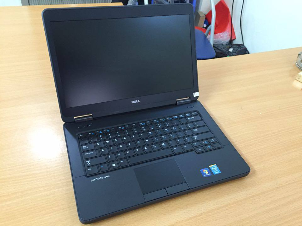 lAPTOP DELL 99% E5440 Core i5-4300U / RAM 4GB / SSD 120GB / Màn14inch